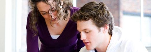 Cursos de inglés para adultos y universitarios en Elche en la academia Top School