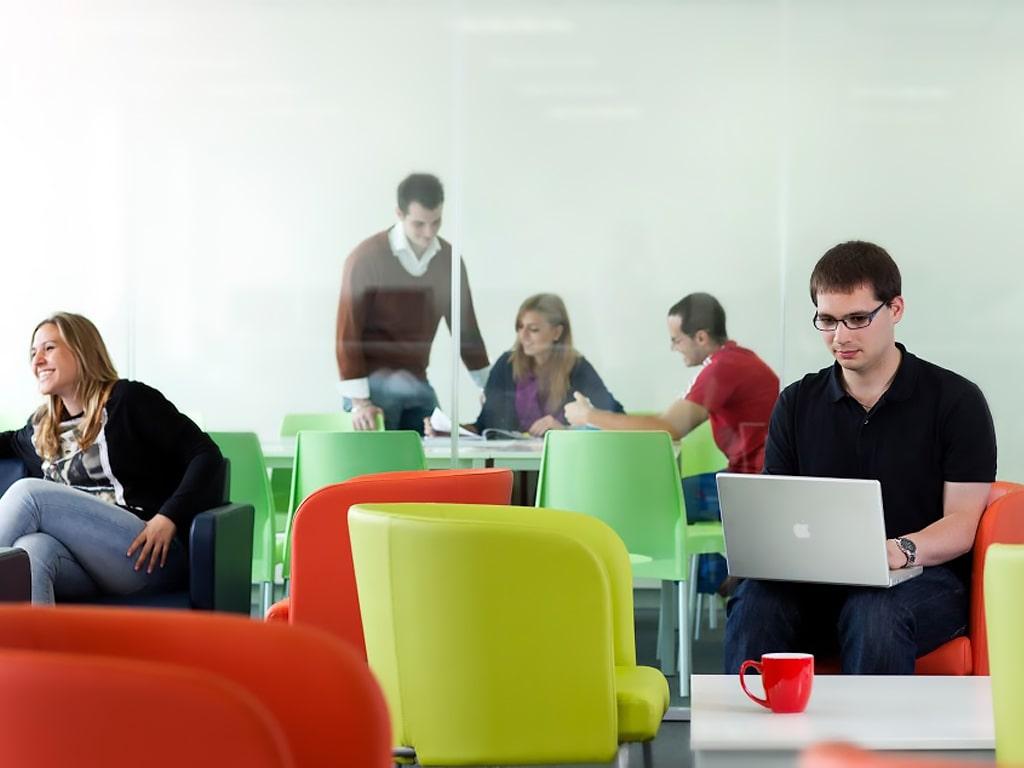 ATC Language School Dublin | Escuela de inglés en Dublín 9