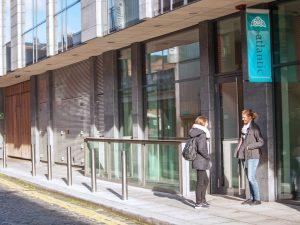 Escuela de inglés en Dublín | Atlantic Language School Dublin 18