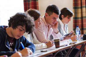 Escuela de inglés en Edimburgo | Basil Paterson Edinburgh 12