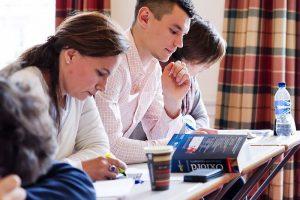 Escuela de inglés en Edimburgo | Basil Paterson Edinburgh 17