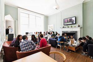 Escuela de inglés en Edimburgo | Basil Paterson Edinburgh 18