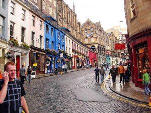 Escuela de inglés en Edimburgo | Basil Paterson Edinburgh 19