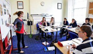 Escuela de inglés en Edimburgo | Basil Paterson Edinburgh 2