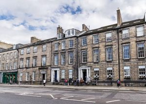 Escuela de inglés en Edimburgo | Basil Paterson Edinburgh 6