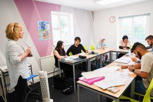 Escuela de inglés en Cardiff | Celtic English Academy Cardiff 1