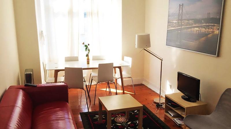 Alojamiento escuela de portugués CIAL Centro de Línguas Lisboa: Apartamento compartido