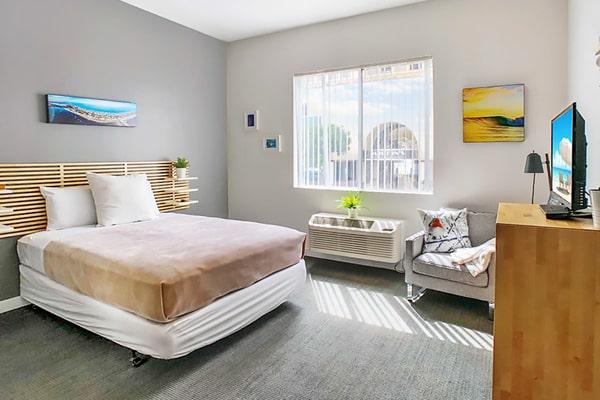 Alojamiento escuela de inglés CISL Converse San Diego: J Street-Island Inn Residences 4
