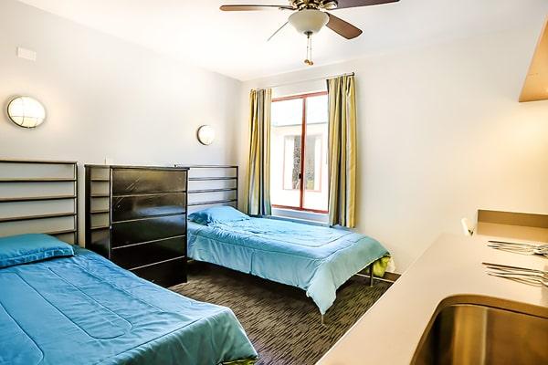 Alojamiento escuela de inglés CISL Converse San Diego: Vantaggio State Street Apartments 5