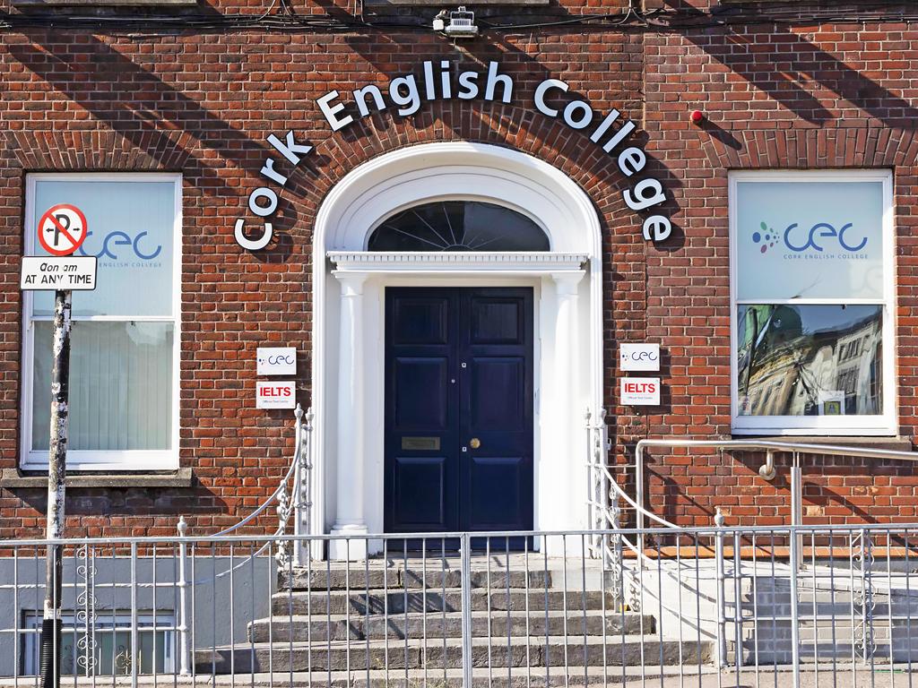 Escuela de inglés en Cork | CEC Cork English College 13