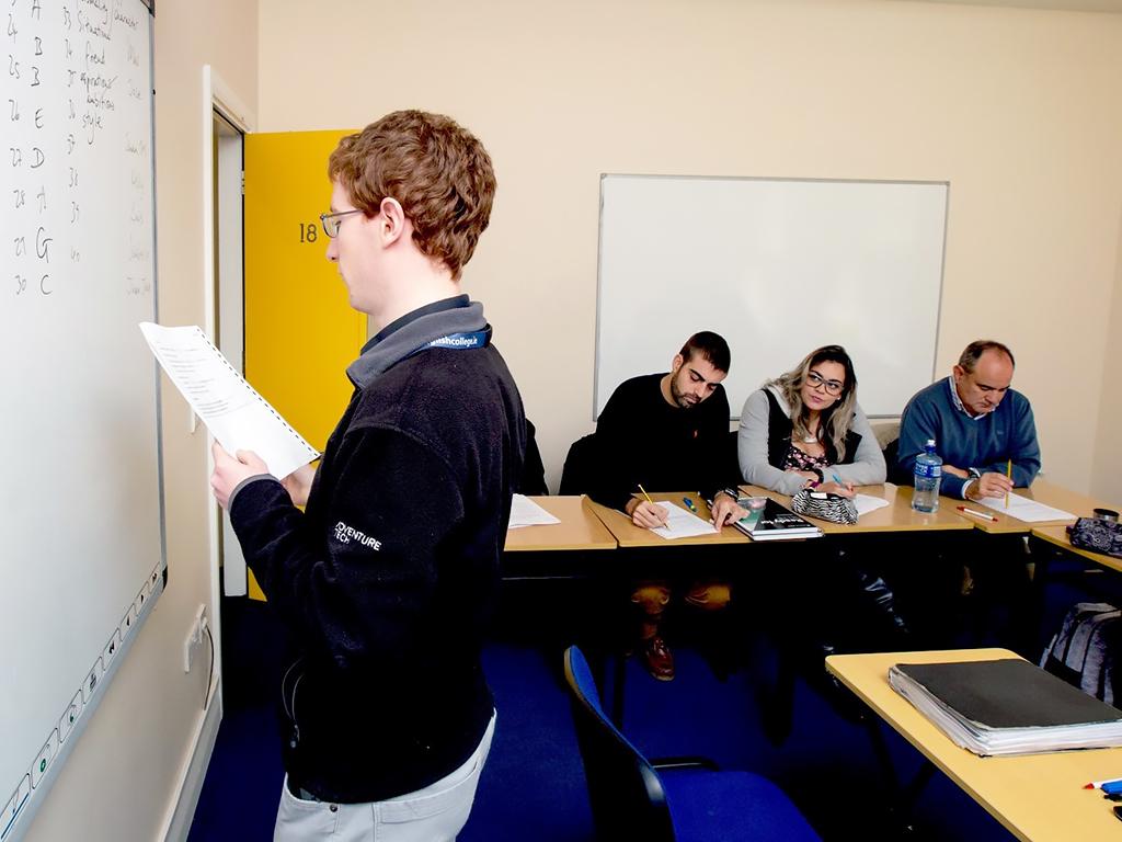 Escuela de inglés en Cork   CEC Cork English College 17