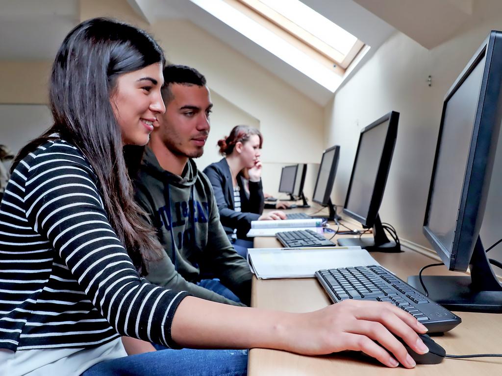 Escuela de inglés en Cork | CEC Cork English College 5
