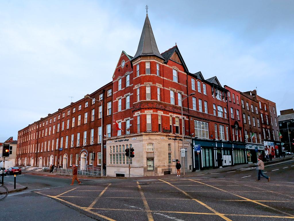 Escuela de inglés en Cork | CEC Cork English College 8