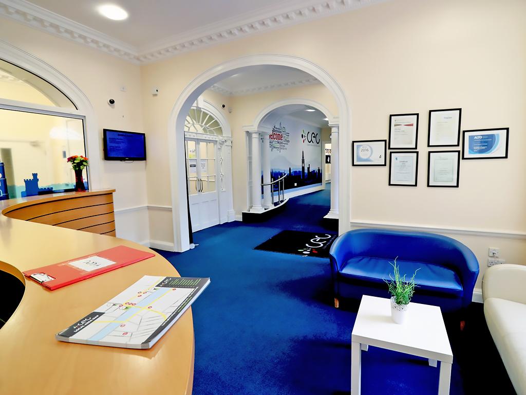 Escuela de inglés en Cork | CEC Cork English College 9