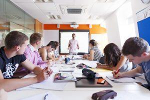 Escuela de inglés en Brighton | EC English Brighton 9