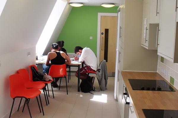 Alojamiento escuela de inglés EC English Cambridge: Residencia confort Kite House 1