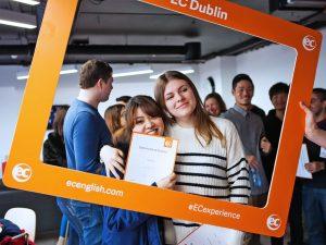 Escuela de inglés en Dublín para mayores de 30 años | EC English Dublin 30+ 18