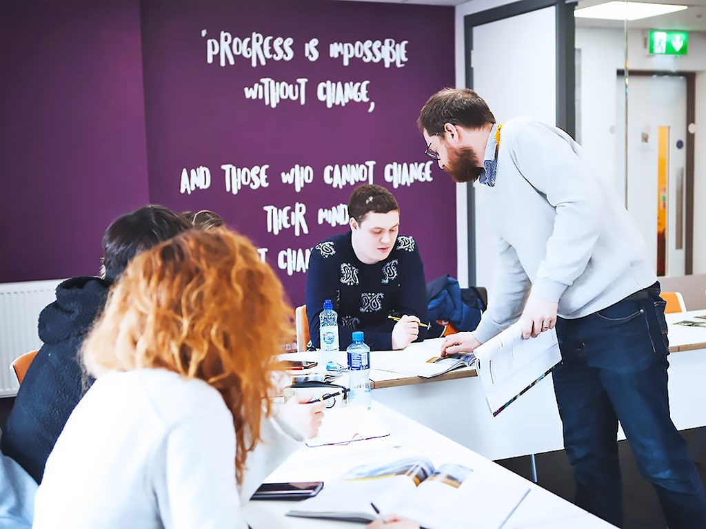 Escuela de inglés en Dublín para mayores de 30 años | EC English Dublin 30+ 2