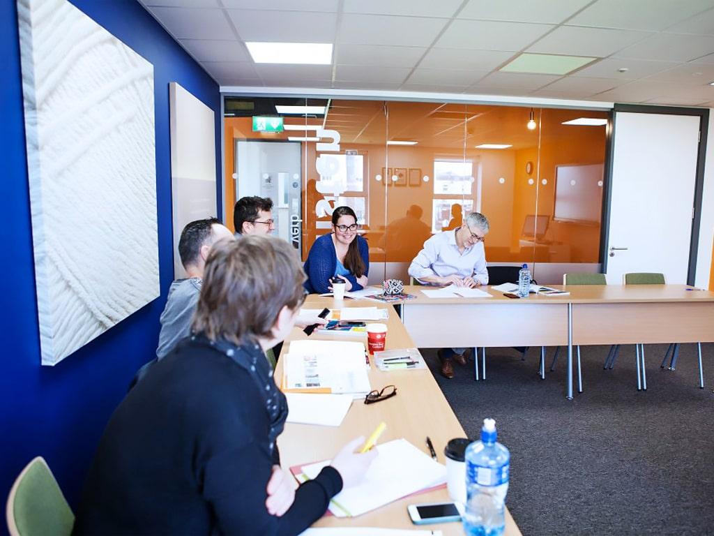 Escuela de inglés en Dublín para mayores de 30 años | EC English Dublin 30+ 9