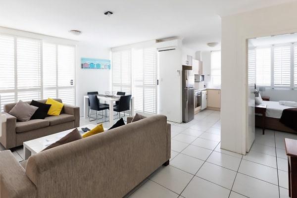 Alojamiento escuela de inglés EC English Gold Coast: Apartamentos confort Carlton 1