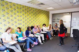 Escuela de inglés para mayores de 30 años | EC English London 30+ 11