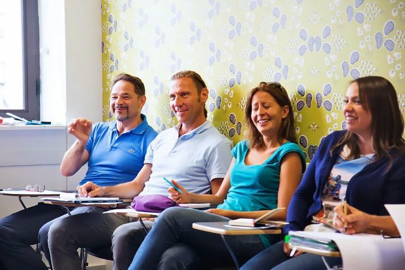 Escuela de inglés para mayores de 30 años | EC English London 30+ 2