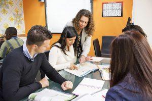 Escuela de inglés en Saint Julian's para mayores de 30 años | EC English 30+ 14