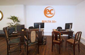 Escuela de inglés en Saint Julian's para mayores de 30 años | EC English 30+ 8