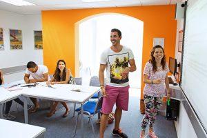 Escuela de inglés en Saint Julian's   EC English Malta 11
