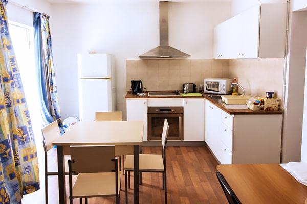 Alojamiento escuela de inglés EC English Malta 30+: Apartamento compartido estándar 3