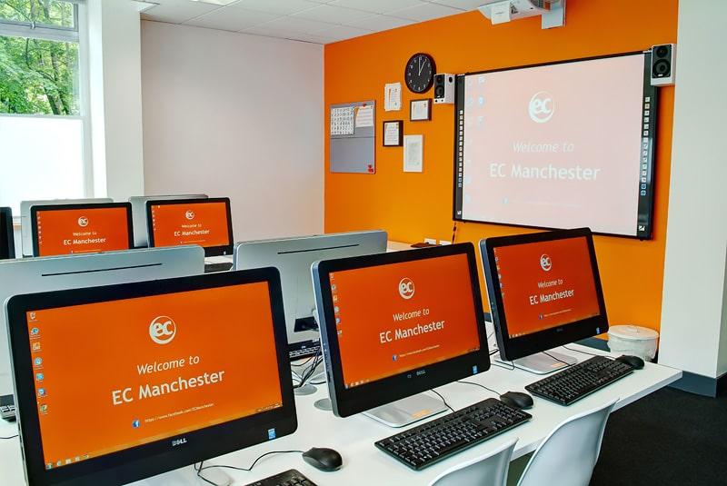 Escuela de inglés en Manchester   EC English Manchester 2