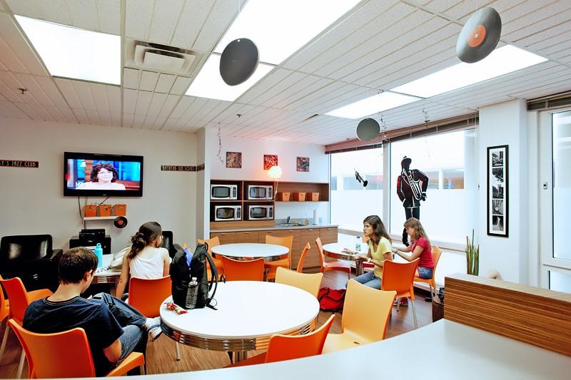 Escuela de inglés y francés en Montreal | EC English Montreal 4