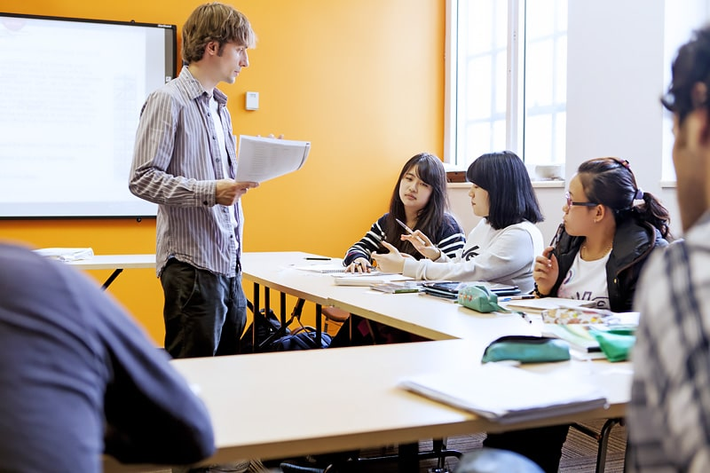 Escuela de inglés y francés en Montreal | EC English Montreal 8