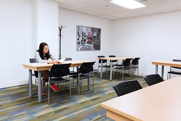 Alojamiento escuela de inglés y francés EC English Montreal: Apartamento compartido superior La Marq au 515 3