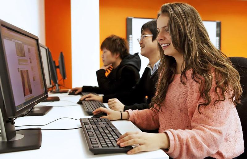 Escuela de inglés en Oxford | EC English Oxford 6