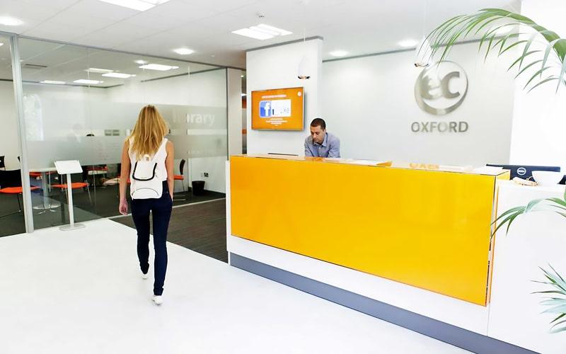Escuela de inglés en Oxford | EC English Oxford 8