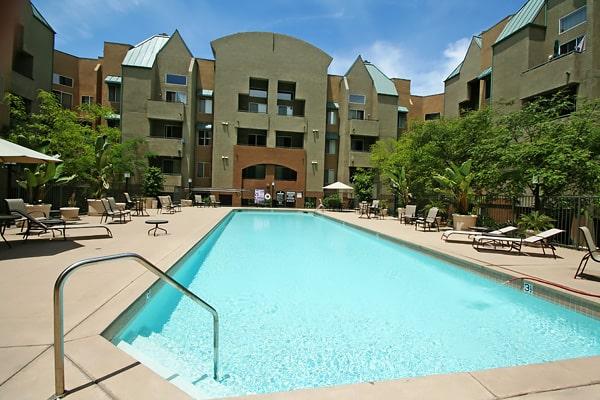 Alojamiento escuela de inglés EC English San Diego: Aparthotel superior Costa Verde Village 2