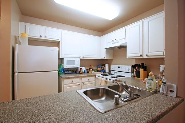 Alojamiento escuela de inglés EC English San Diego: Aparthotel superior Costa Verde Village 4