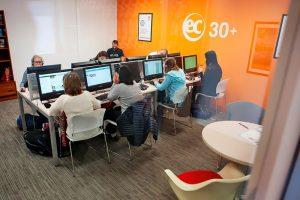 Escuela de inglés en Toronto para mayores de 30 años | EC English Toronto 30+ 11