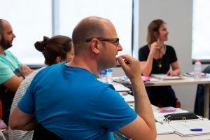 Escuela de inglés en Toronto para mayores de 30 años | EC English Toronto 30+ 15