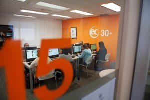 Escuela de inglés en Toronto para mayores de 30 años | EC English Toronto 30+ 20