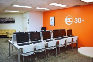 Escuela de inglés en Toronto para mayores de 30 años | EC English Toronto 30+ 4