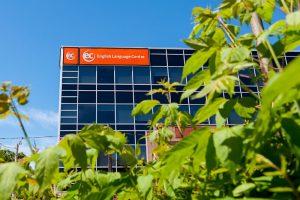 Escuela de inglés en Toronto para mayores de 30 años | EC English Toronto 30+ 5