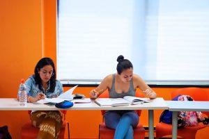 Escuela de inglés en Toronto para mayores de 30 años | EC English Toronto 30+ 6