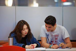 Escuela de inglés en Toronto | EC English Toronto 11