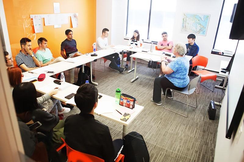 Escuela de inglés en Toronto | EC English Toronto 8