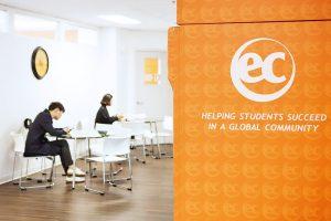 Escuela de inglés en Vancouver   EC English Vancouver 9