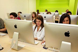 Escuela de inglés en Boston | English Language Center ELC Boston 2