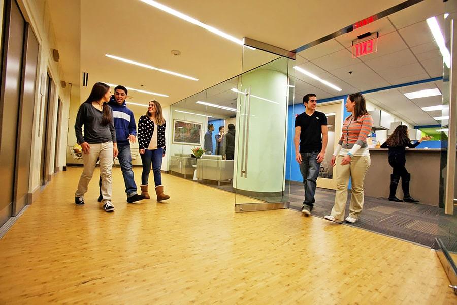 Escuela de inglés en Boston | English Language Center ELC Boston 5
