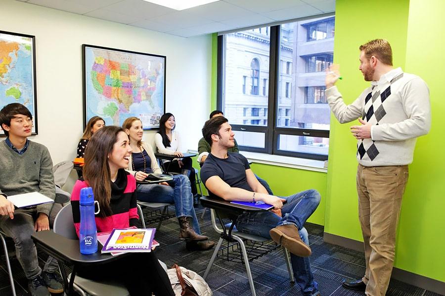 Escuela de inglés en Boston | English Language Center ELC Boston 6